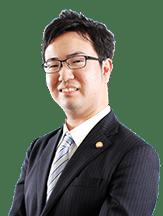 秋葉 俊孝弁護士