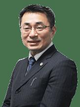 八木伸泰弁護士
